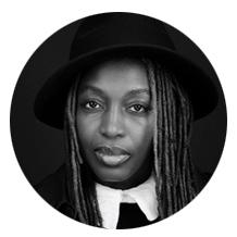 Pascale Obolo est une artiste plasticienne, productrice, réalisatrice camerounaise. Elle est née le 7 janvier 1967 à Yaoundé, au Cameroun d'un père journaliste et d'une mère infirmière. Elle vit à Paris, en France.